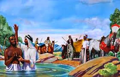 Naye akaondoka, akaenda; mara akamwona mtu wa Kushi, towashi, mwenye mamlaka chini ya Kandake malkia wa Kushi, aliyewekwa juu ya hazina yake yote; naye alikuwa amekwenda Yerusalemu kuabudu,
